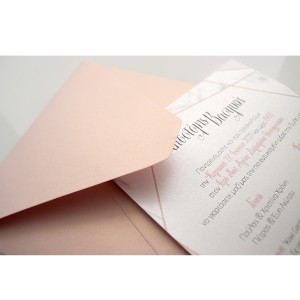 Προσκλητήριο Γάμου με Μάρμαρο και Γεωμετρικά Σχέδια